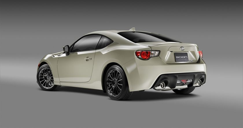 2016_Scion_FRS_RS2_R34_DS_008