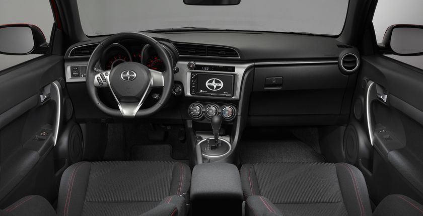 Scion_tC_4 interior