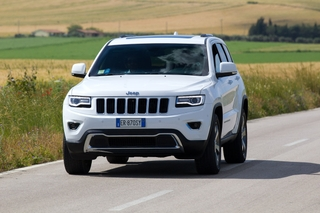 Jeep Grand Cherokee drivers sit back and enjoy – with new HARMAN infotainment and audio systems