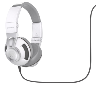 New JBL® Synchros Headphone Lineup Brings Professional Audio Sound To Personal Listening