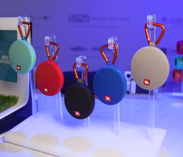 JBL Clip 2 on Display at CES 2016