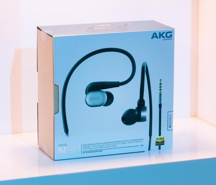 AKG N30 Package