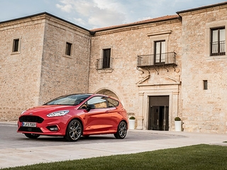 Fiesta ST-Line Race Red