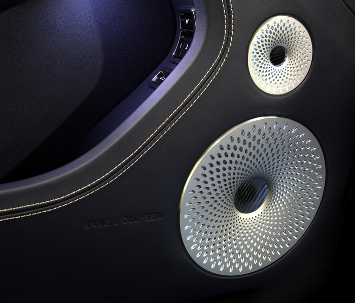 Immersive moments with Bentley and Bang & Olufsen