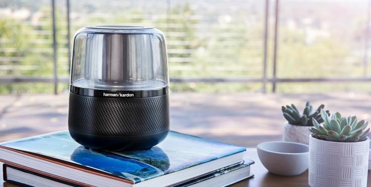 HARMAN erweitert sein Angebot an sprachgesteuerten Lautsprechern um den Harman Kardon Allure mit Amazon Alexa