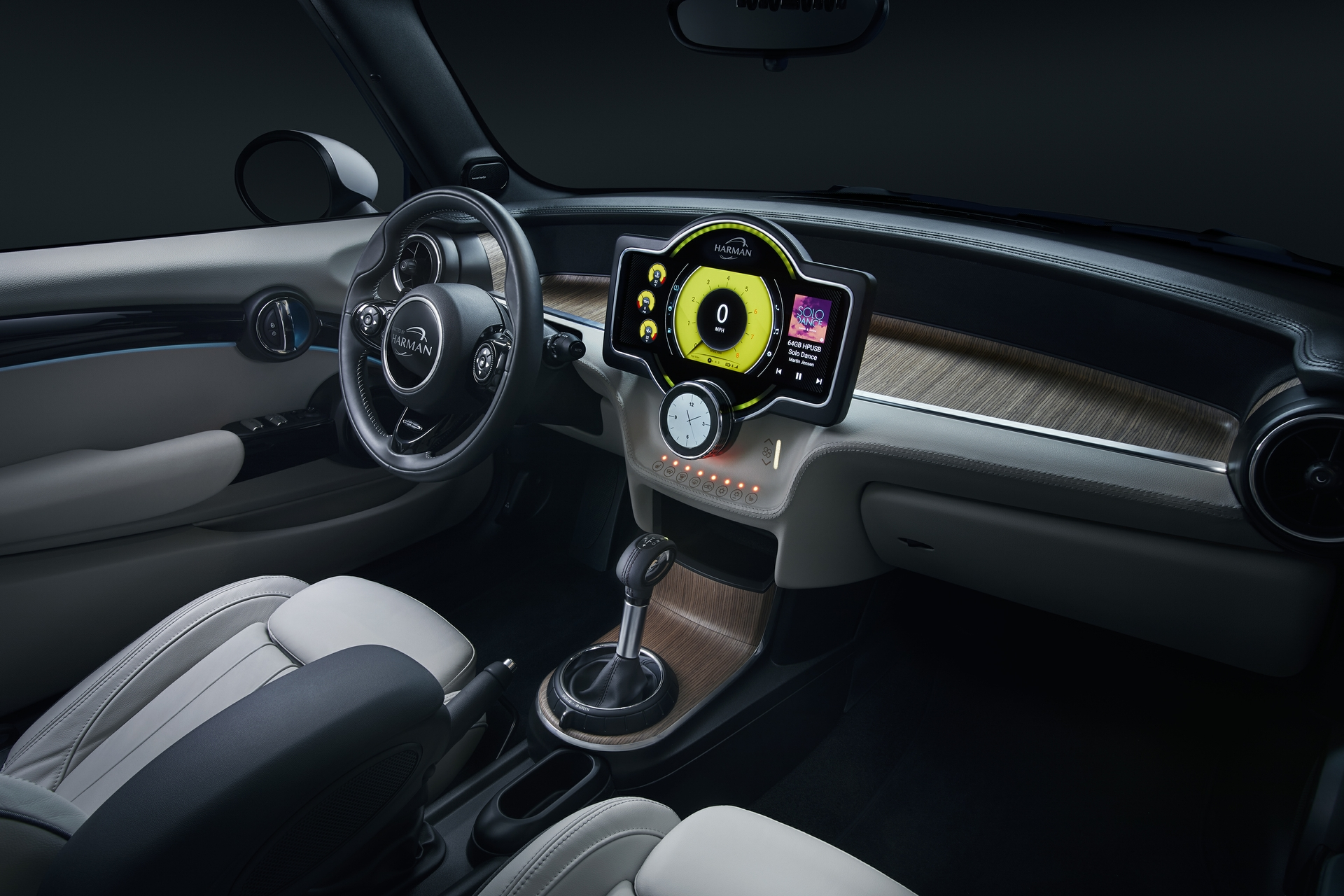 0001_Full_Interior_Dash