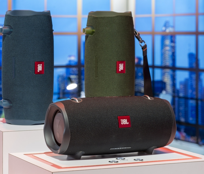 3abda1e3c The JBL® Xtreme 2 Makes Waves with its Powerful Audio Performance ...