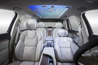 New HARMAN UX Solutions Deliver Unprecedented In-Car Comfort and Entertainment Experiences at CES 2018