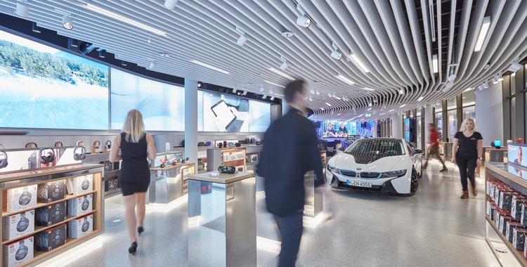 HARMAN Experience Store Car _ Fixtures