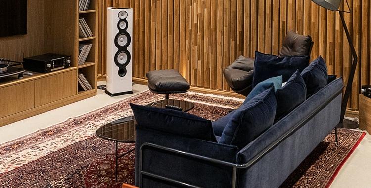 Listening Room_2