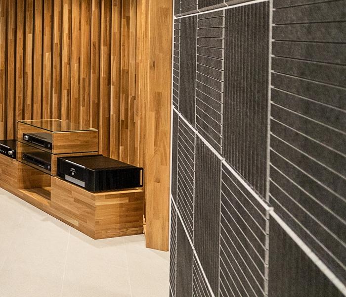 Listening Room_3