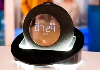 Rise and Shine With the JBL® Horizon 2 Bluetooth Clock Radio: Sound That Kickstarts the Day