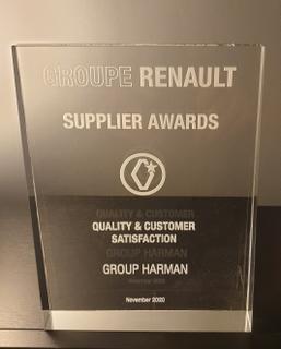 Renault Supplier Award_Trophy