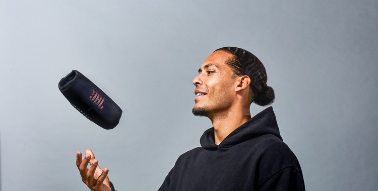 Virgil van Dijk JBL Charge5