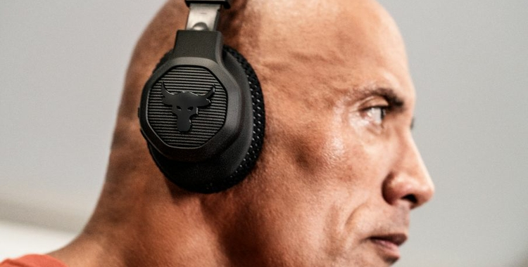 JBL_UA_Project_Rock_Over_Ear_Lifestyle_Image_02_904_560px