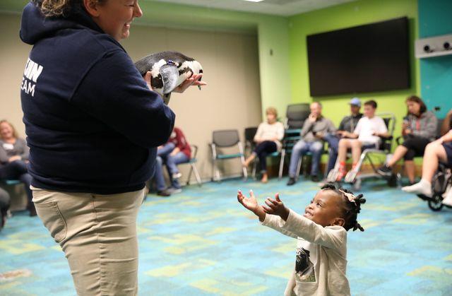Georgia Aquarium Visits Children's Healthcare of Atlanta