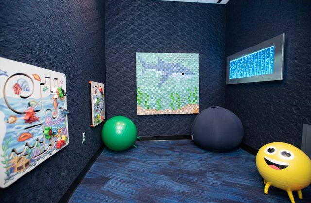 KultureCity and Georgia Aquarium Debut New Wilkins Rhodes Sensory Room