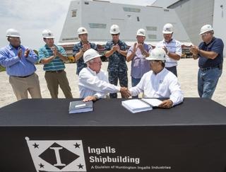 Ingalls Shipbuilding Delivers DDG 1001 Deckhouse