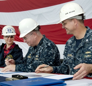 Photo Release -- Ingalls Shipbuilding Delivers Amphibious Transport Dock Arlington (LPD 24)