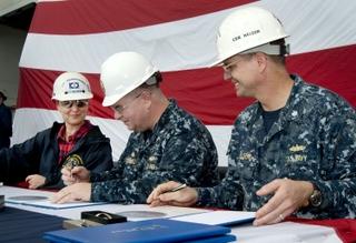 Ingalls Shipbuilding delivers Arlington (LPD 24)