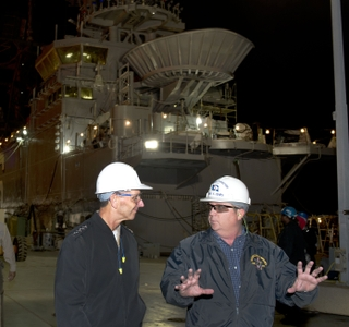 Photo Release -- Ingalls Shipbuilding Hosts Chief of Naval Operations Adm. Jonathan W. Greenert