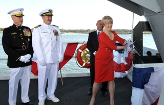 Lynne Pace christens America (LHA 6)