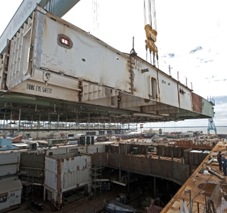 Photo Release -- Newport News Shipbuilding Lifts Heaviest Unit Onto Aircraft Carrier Gerald R. Ford (CVN 78)