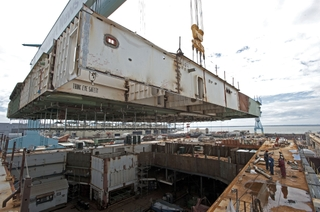 Gallery deck to flight deck bridge assembly