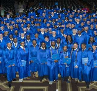 Photo Release -- Ingalls Shipbuilding Graduates 295 From Its Gulf Coast Apprentice School