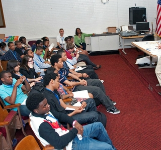 Photo Release -- Newport News Shipbuilding Brings Benefits of STEM to Life for Area Students