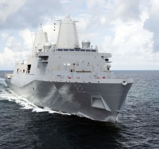 Photo Release -- Ingalls Shipbuilding's Sixth Amphibious Transport Dock, San Diego (LPD 22), Sails Away to Join the U.S. Navy Fleet