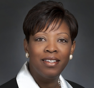 Photo Release--Ingalls Shipbuilding Vice President Named Among 50 Leading Business Women in Mississippi