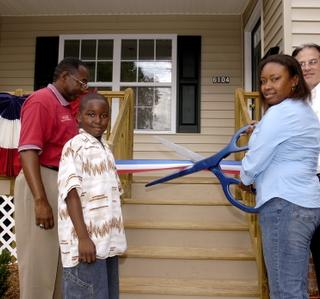 Photo Release -- Northrop Grumman Dedicates Habitat for Humanity House