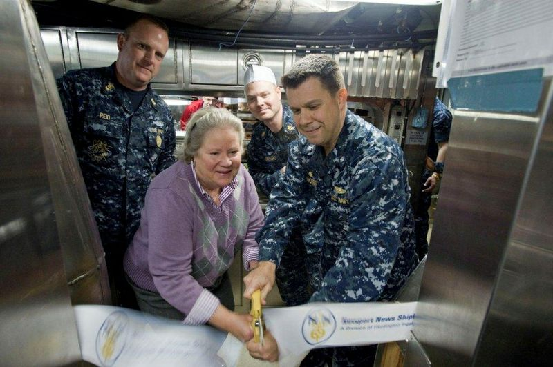 Minnesota (SSN 783) first meal milestone