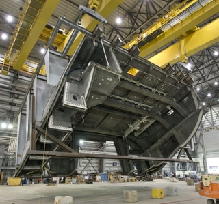Photo Release -- Ingalls Shipbuilding's Gulfport Facility Reaches Important Hangar Milestone