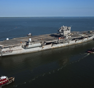 Photo Release -- USS Enterprise's (CVN 65) Homecoming Celebrated at Newport News Shipbuilding