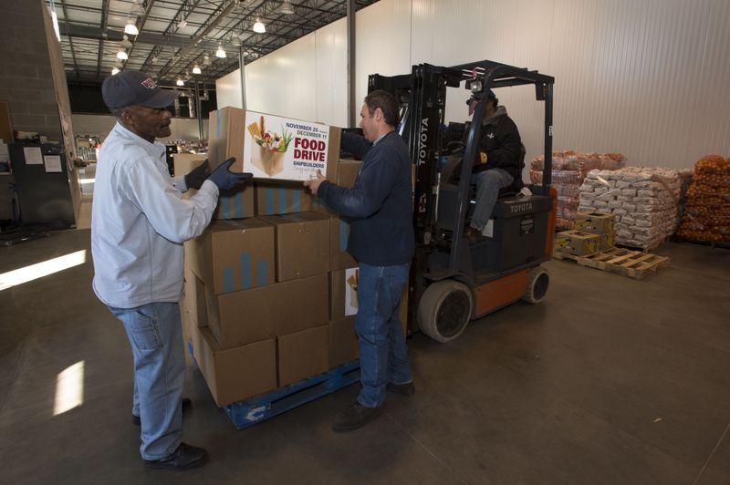 Tons of food donated to Virginia Peninsula Foodbank
