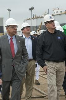 Homeland Security Secretary, Congressman Visit Ingalls Shipbuilding