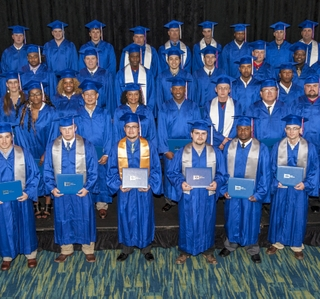 Photo Release--Ingalls Shipbuilding Celebrates Apprentice Graduation