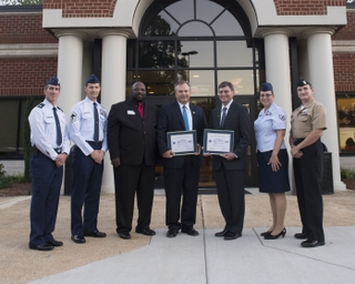 HII Employees Receive Patriot Awards