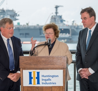 Photo Release -- HII Hosts Senators Mikulski and Warner at Newport News Shipbuilding