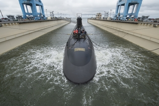 Submarine John Warner (SSN 785) is Launched