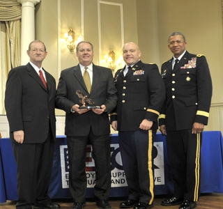 Photo Release -- Ingalls Shipbuilding Awarded ProPatria Award for National Guard and Reserve Support