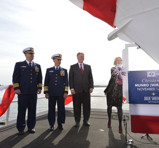 Photo Release--Ingalls Shipbuilding Christens Sixth National Security Cutter, Munro