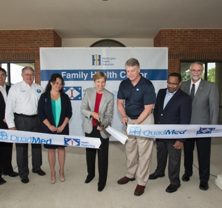 Photo Release--HII Family Health Center Officially Opens in Gautier
