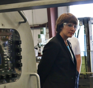 Photo Release--Rep. Gwen Graham Visits Huntington Ingalls Industries' Undersea Solutions Group Subsidiary