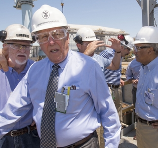 Photo Release--HII Hosts Rep. Steny Hoyer at Newport News Shipbuilding