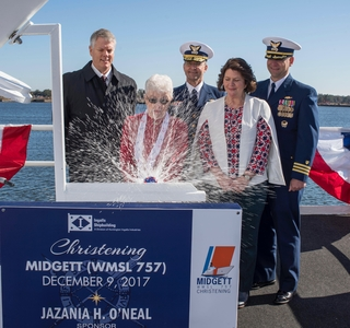 Photo Release-Huntington Ingalls Industries Christens National Security Cutter Midgett (WMSL 757)