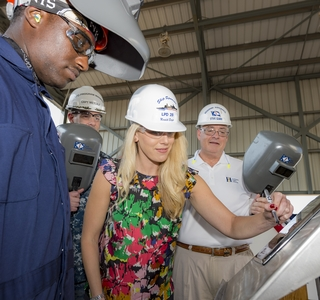 Photo Release--Huntington Ingalls Industries Authenticates Keel Of Amphibious Transport Ship Fort Lauderdale (LPD 28)