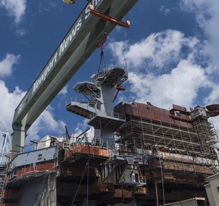 Video Release--Huntington Ingalls Industries Lands New Radar Tower During USS George Washington Refueling and Complex Overhaul